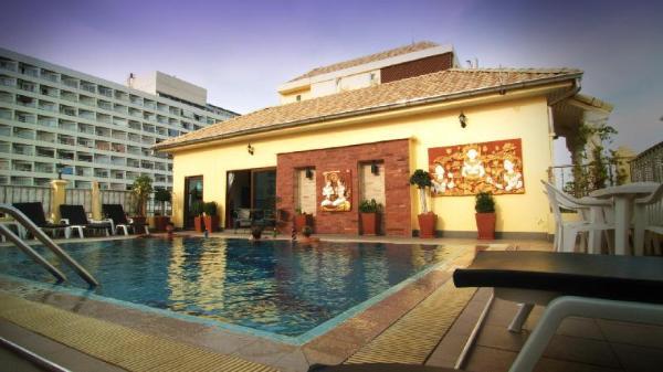 Royal Park Apartments Pattaya
