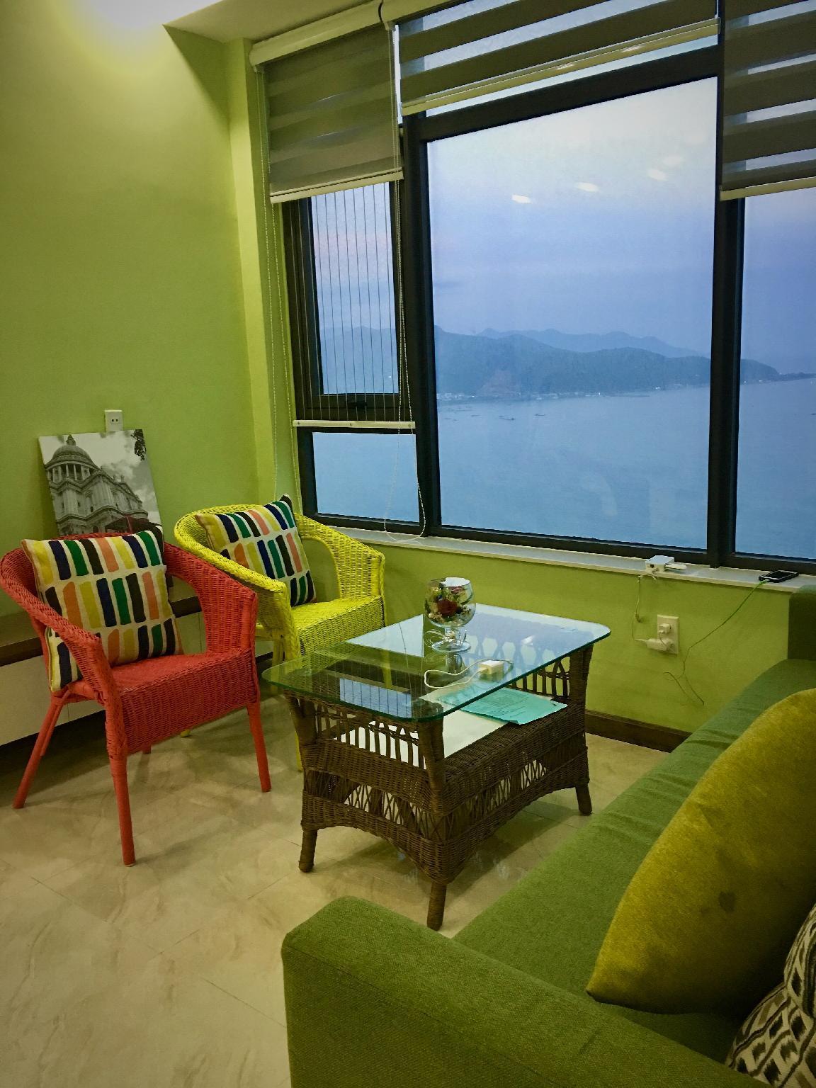 Seaview Corner Apartment