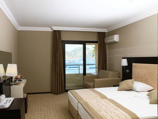 Munamar Beach Hotel   Adult Only+16
