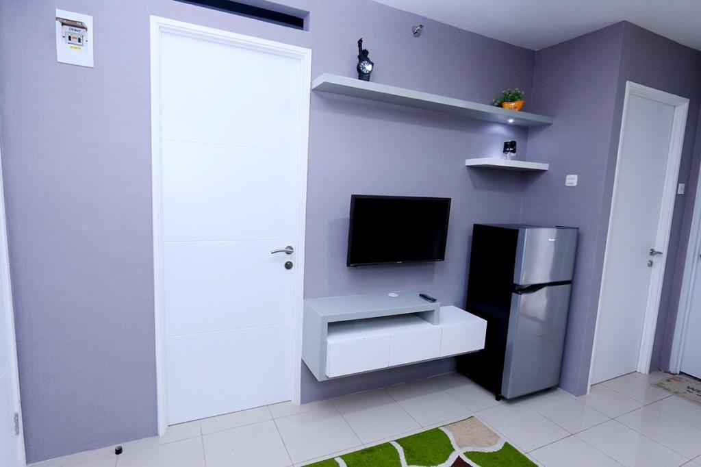 Bassura City Apartment By Roomku   2 BR Unit 13