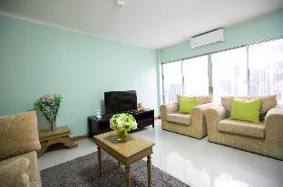Family Friendly 5 BR, 10 min. to Pratunam Market