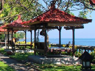 Aditya Lovina Beach Resort