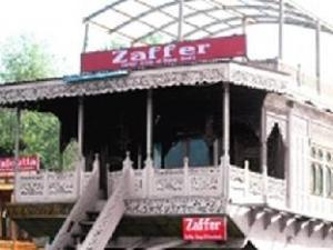 Zaffer Houseboats