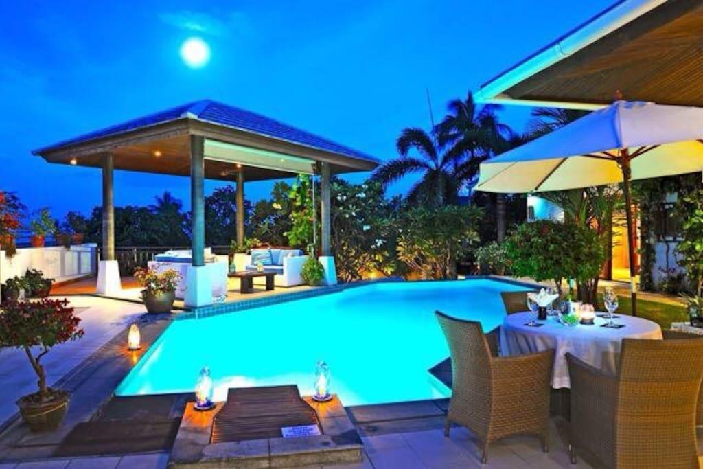 Lovely Seaview With Private Pool
