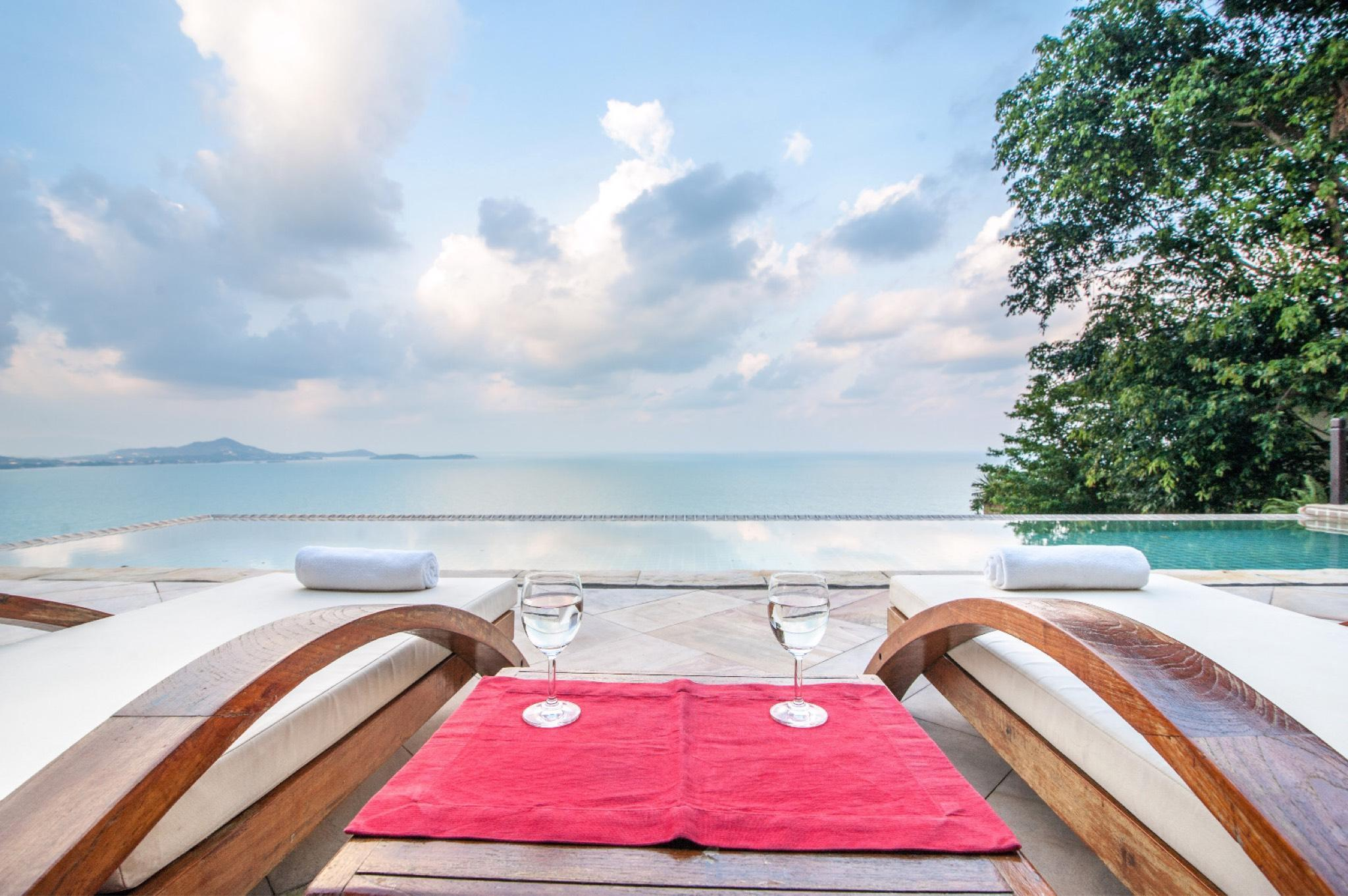 Villa LOTUS Infinity Pool With Seaview 3 BR