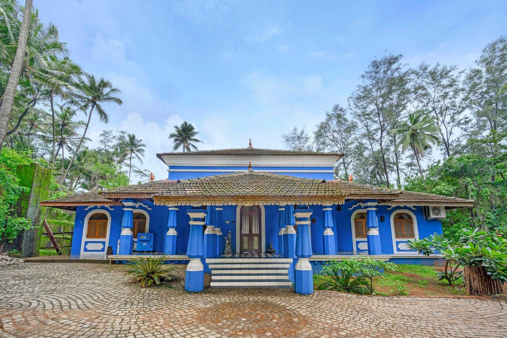 Idyllic Villa With A Pool On Vagator Beach 8512