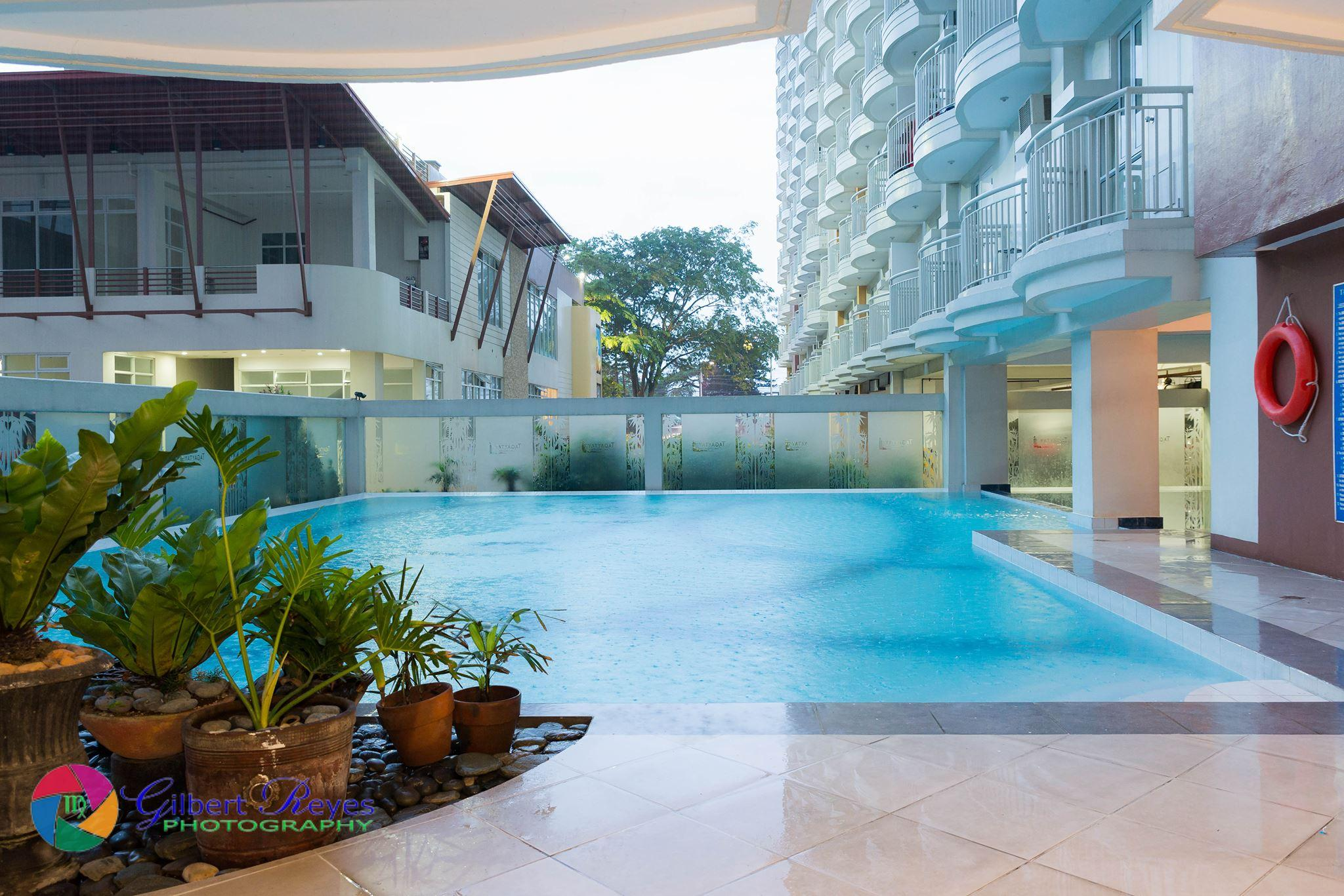Cityland- Poolview Apartment,netflix,self-check-in
