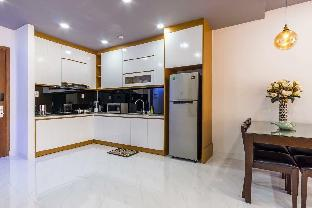 10min to Ben Thanh Market - 2BRM in The GoldView