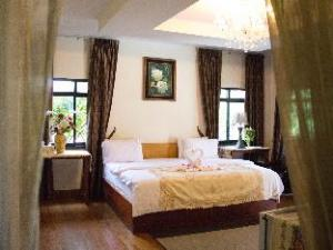 银吉度假村 (Yenjit Resort)