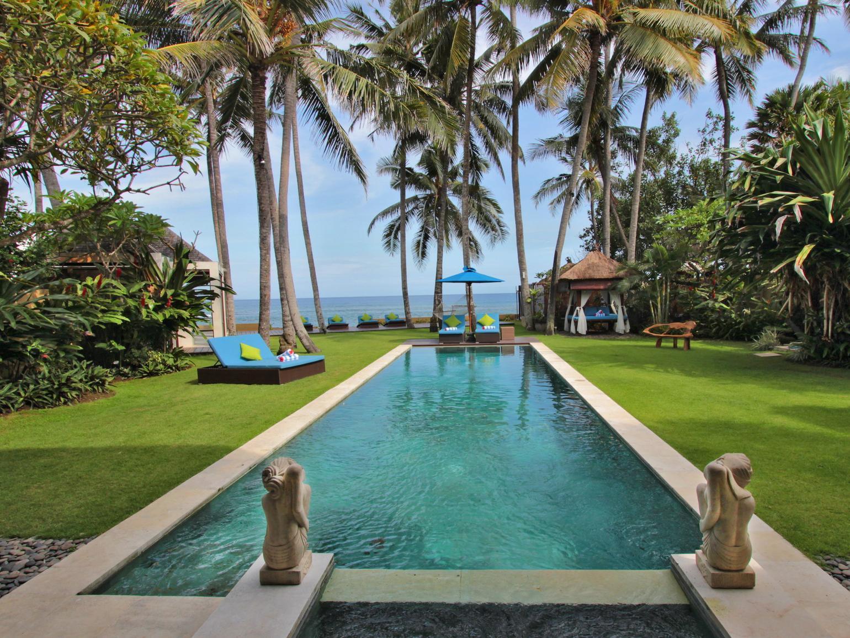 Villa Samudra Luxury Beachfront