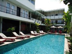 เมน รีสอร์ท แอนด์ สปา เกย์โฮเต็ล (Men's Resort & Spa - Gay Hotel)