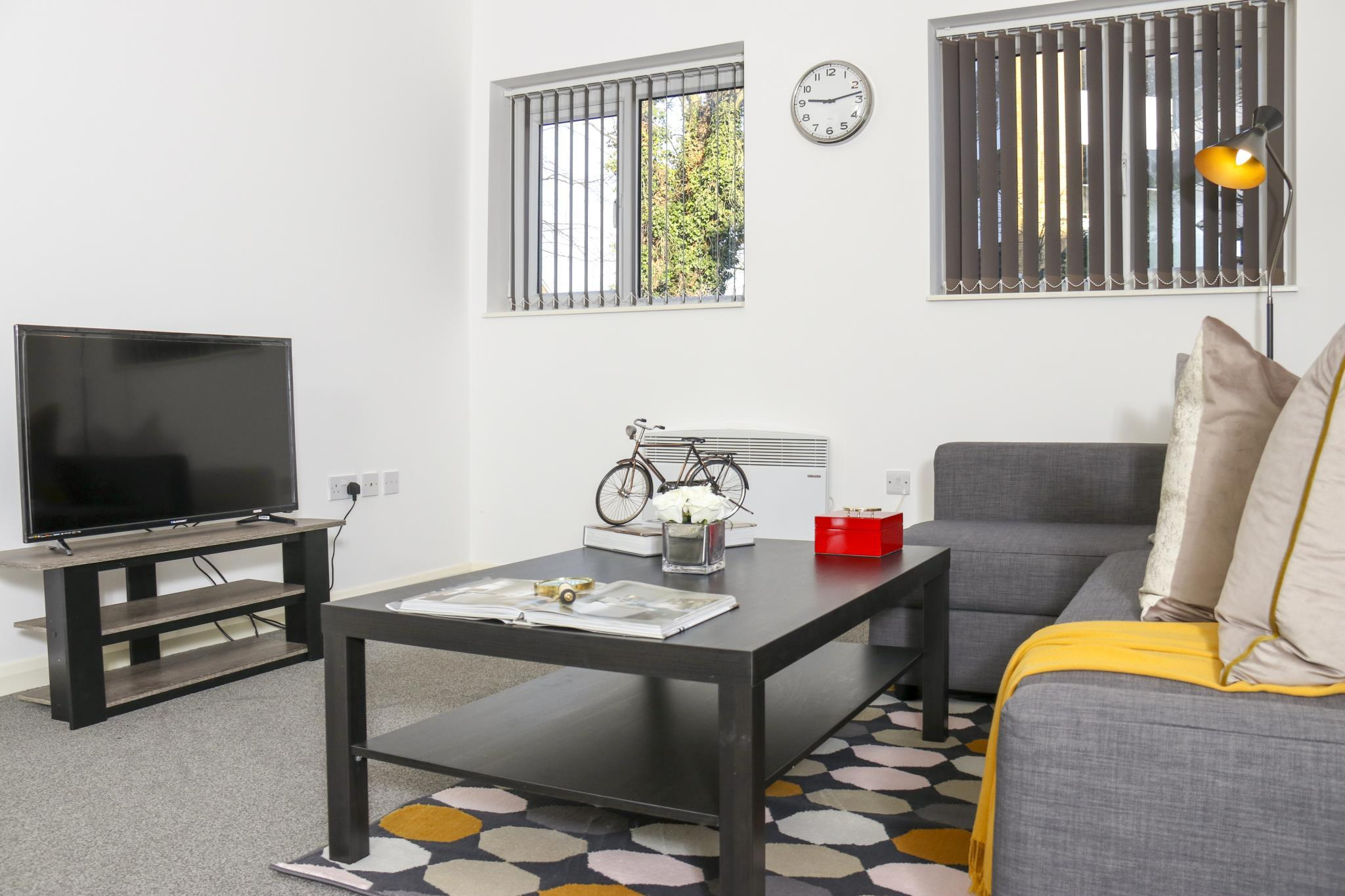 Lovely Bright Apartment Near Harry Potter World