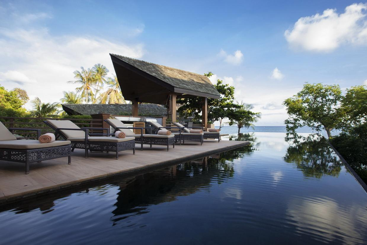 Baan Hinyai BHY - 5 Bedroom Beachfront villa with private pool