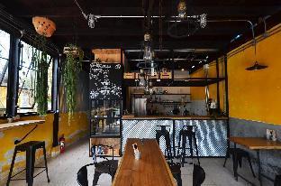 Once Cafe And Hostel วันซ์ คาเฟ แอนด์ โฮสเทล