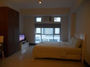 picture 2 of One Livable Area in Greenbelt Excelsior Condominium