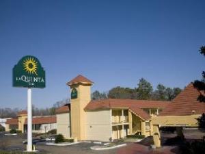 La Quinta North Jackson Hotel