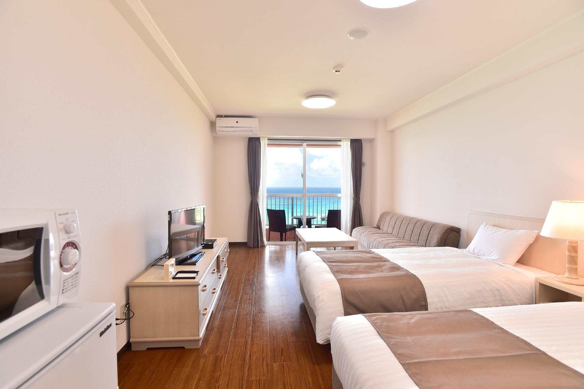 Hotel Breeze Bay Marina 4
