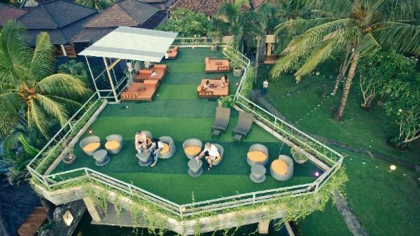 The inn by sunsethouse Lombok