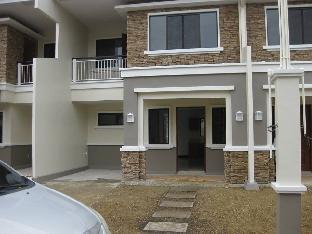 picture 2 of Melissa's 2-Story Apartment (Cebu), 3 BRs, 15 pax