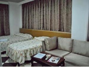 Evana Suite Hotel