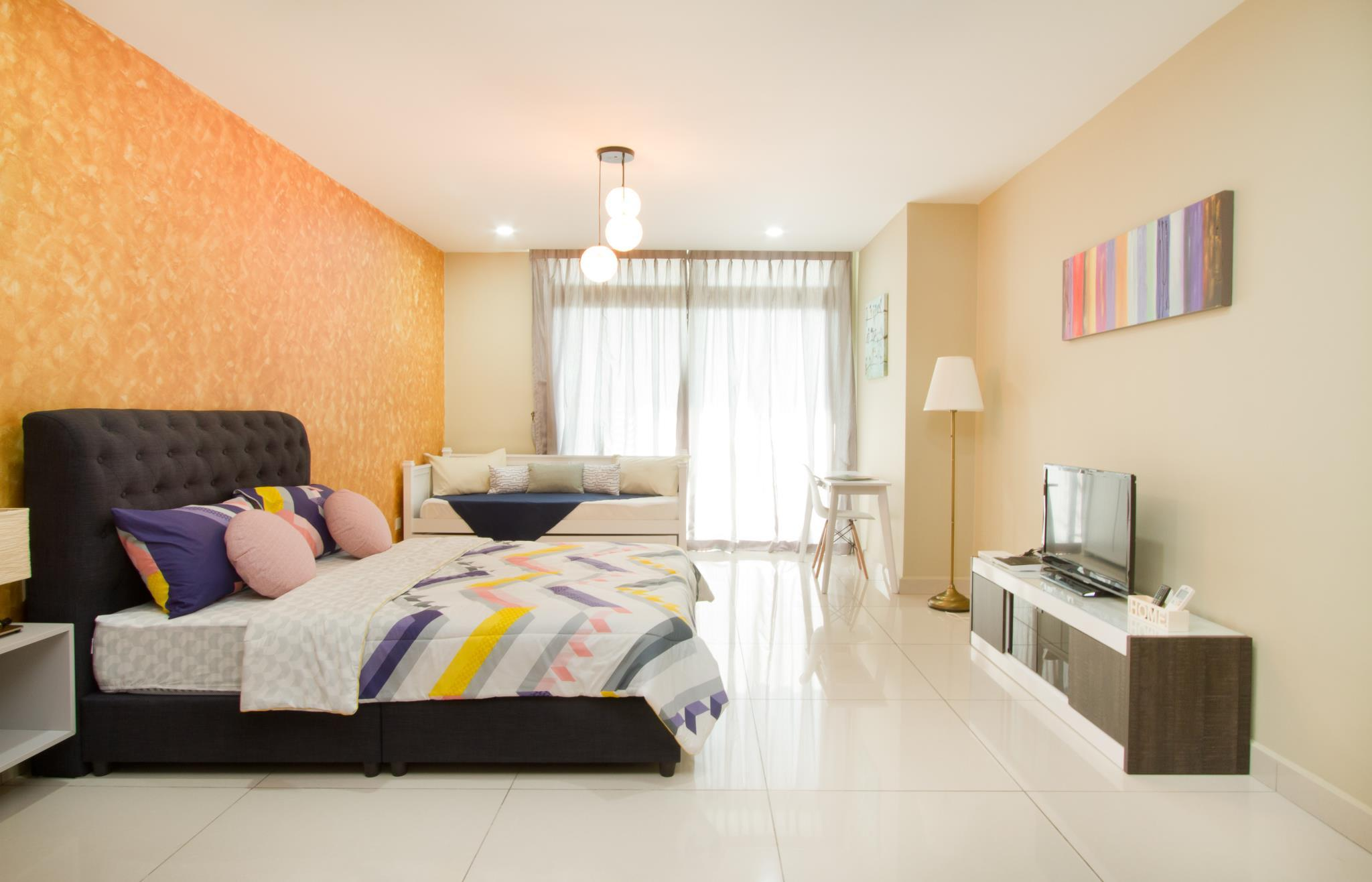Gorgeous Home @ D'Esplanade Residence Hwang Studio