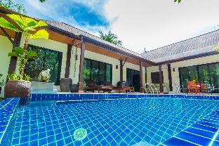 Baan Natfred Villa