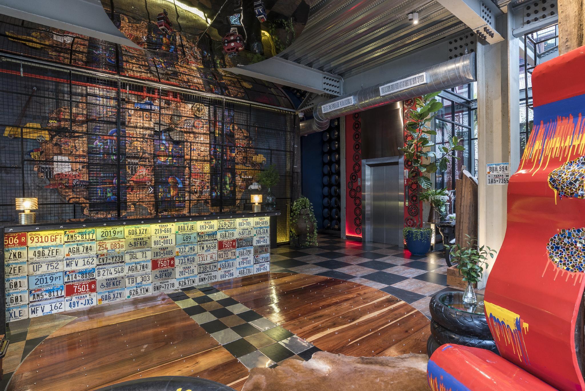 Mestyle Garage Hotel Bangkok