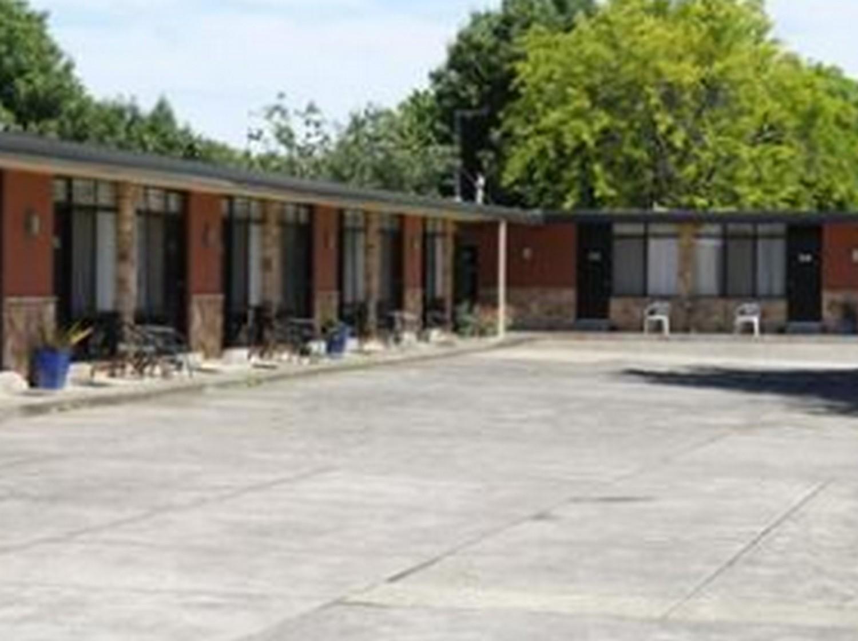 Price Avenue Motel