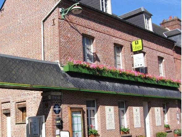 Logis Hotel Restaurant La Paix