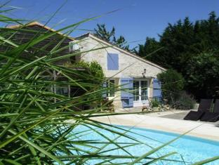La Rigaultiere Bed and Breakfasts image