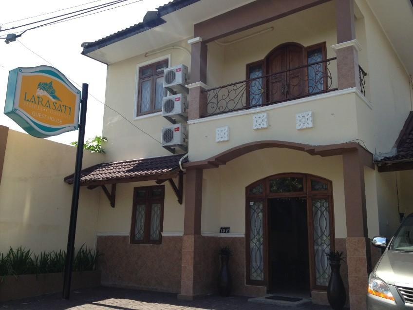 Larasati Guest House