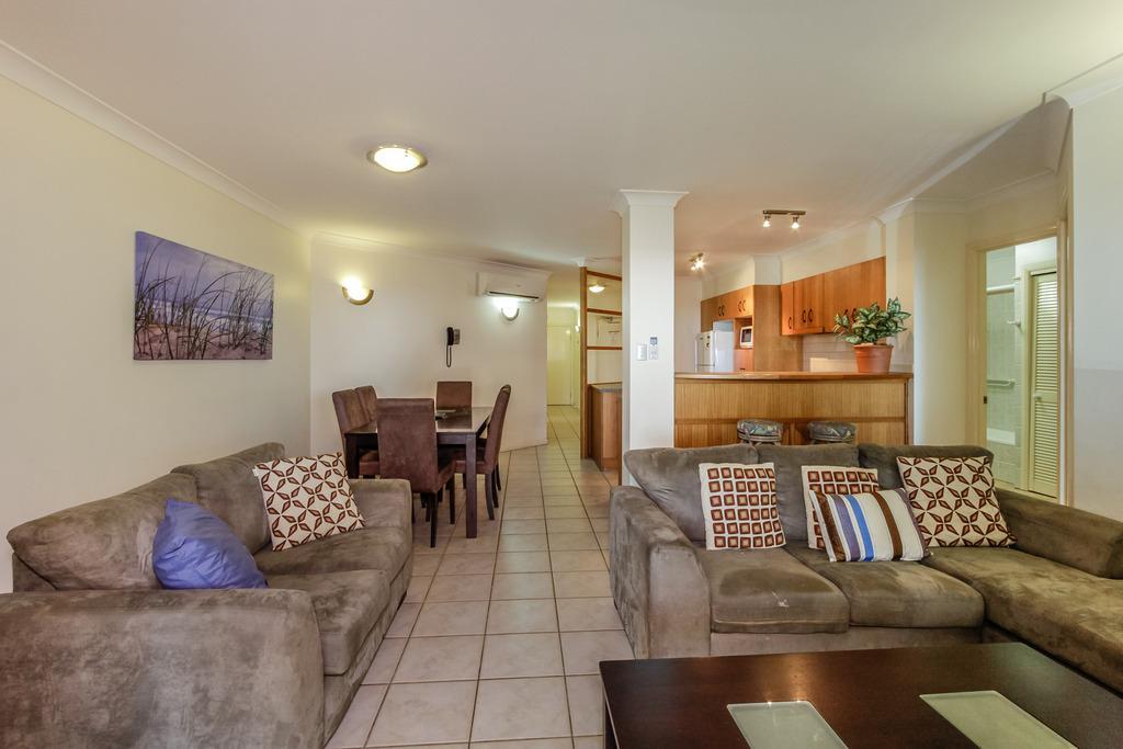 Mai   2 Bedroom Apartment @ Coral Horizons