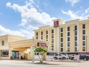 Clarion Inn and Suites Virginia Beach