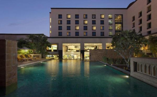 Dusit Princess Srinakarin Hotel Bangkok