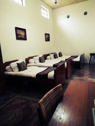 Ndalem Natan Royal Heritage - Family Room 1 Yogyakarta
