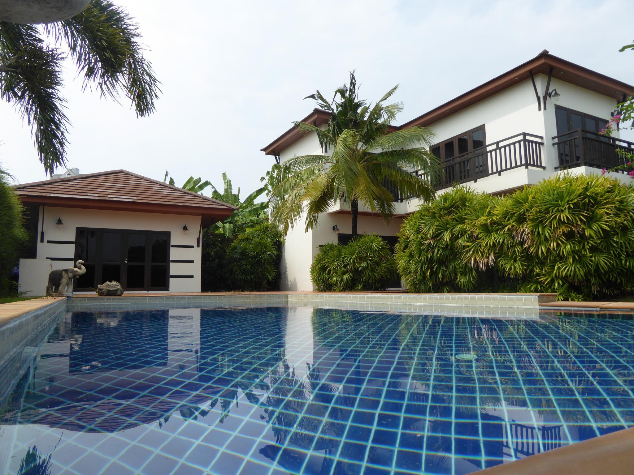 Tropicana Beach Villa At Vip Chain Resort