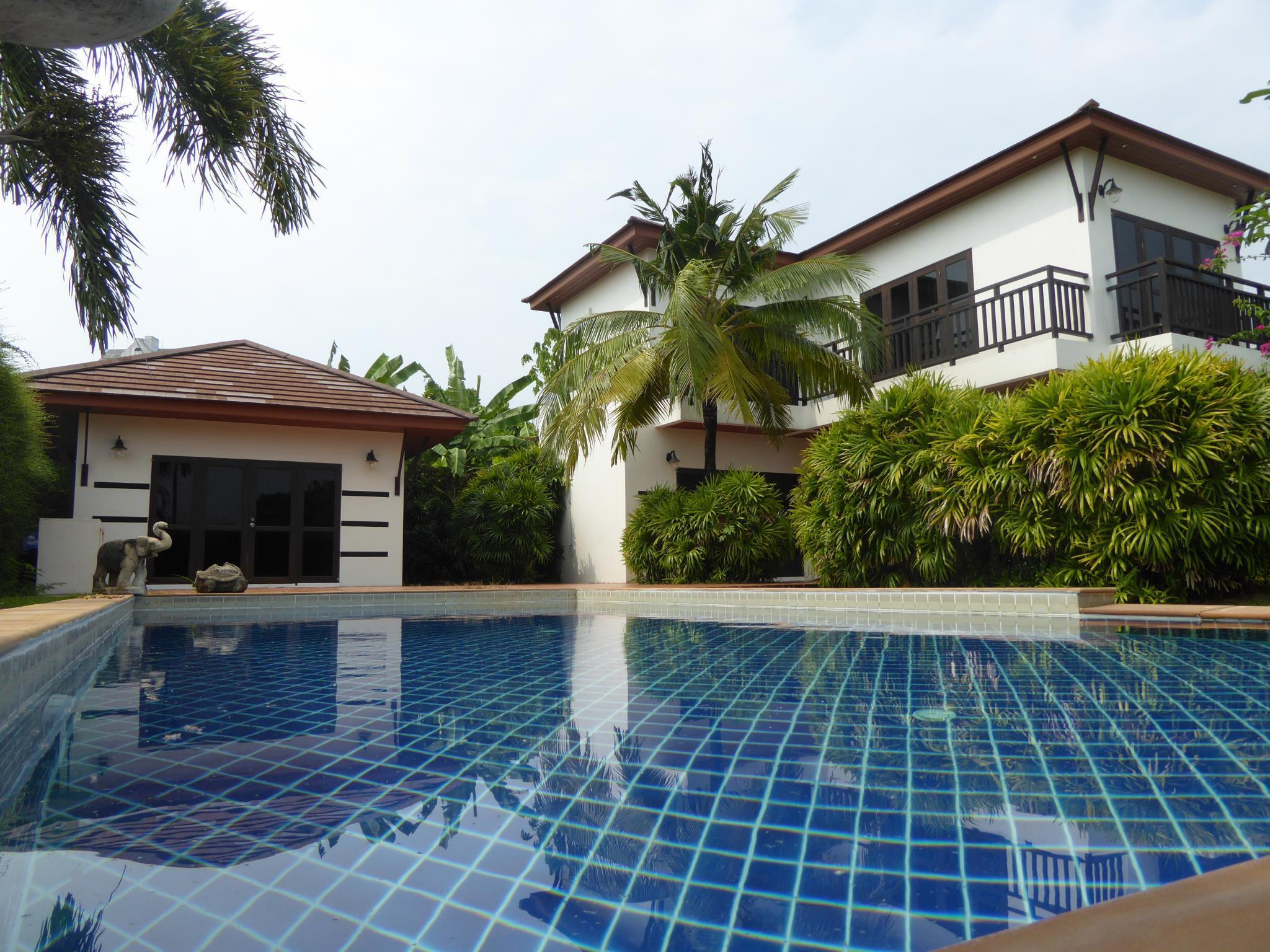 Tropicana Beach Villa at Vip Chain Resort Tropicana Beach Villa at Vip Chain Resort