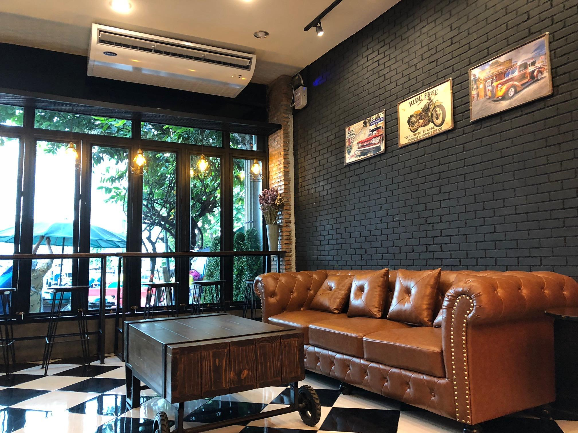 Sleepover Hostel Bangkok Discount