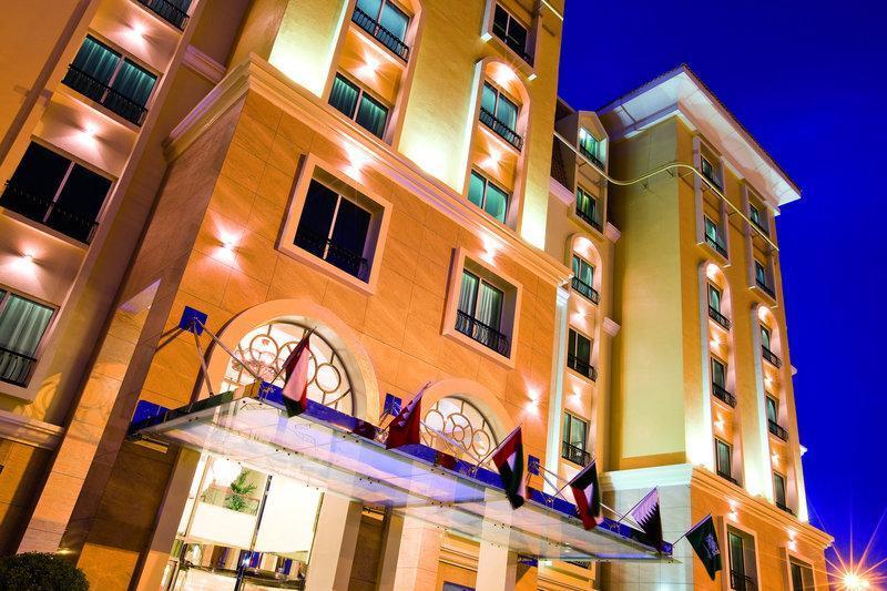 Resorts & Spas