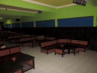 Karolina Hotel Karaoke and Bar