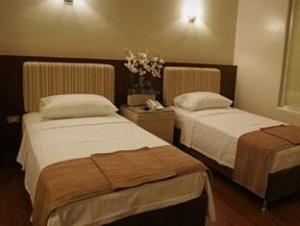 Splash Suites Hotel