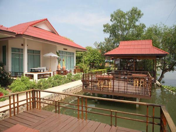 Ruan Panalee Resort Amphawa