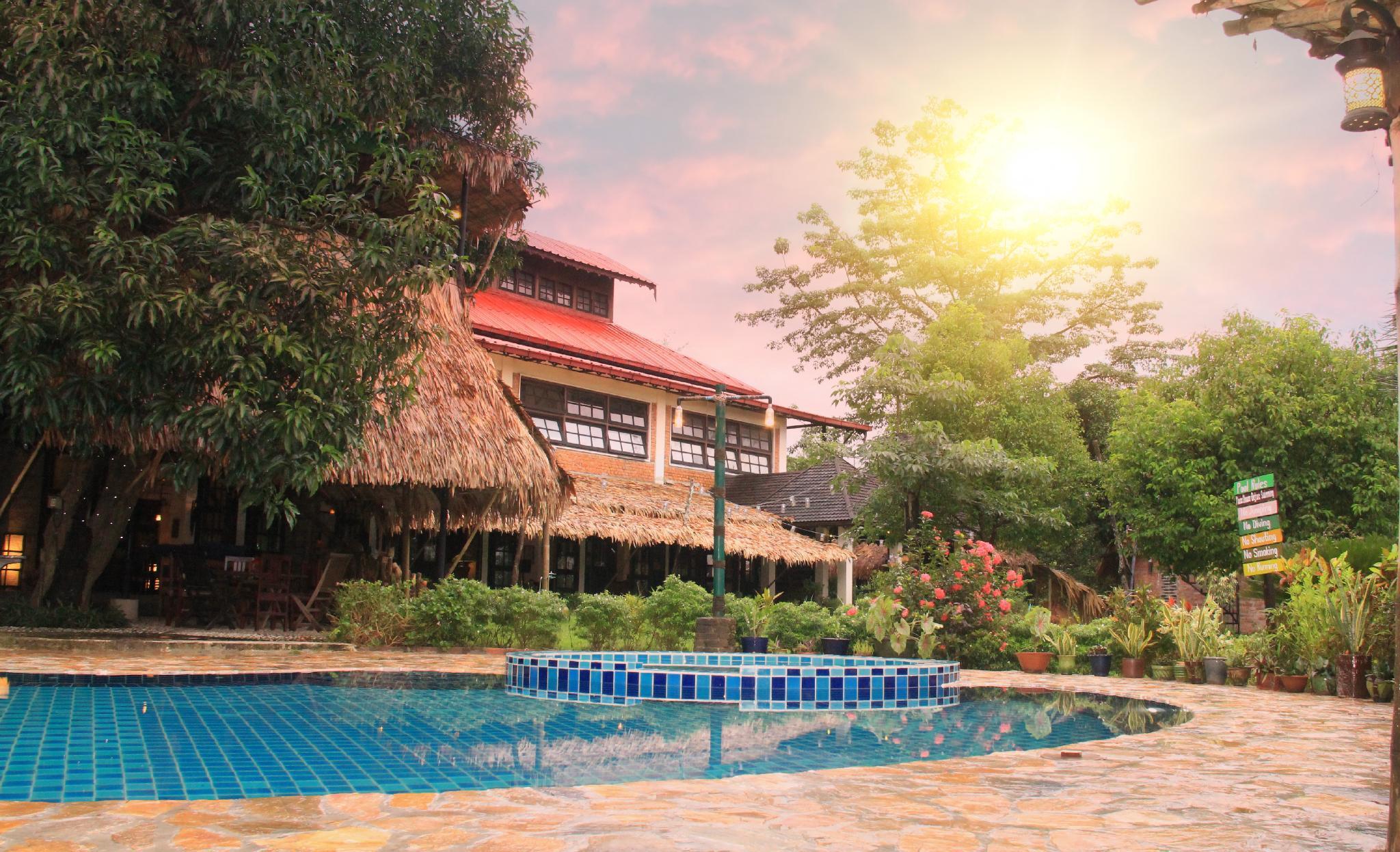 Han Thar Gardens Resort