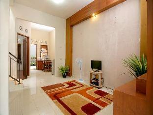 Rumah Dyandra Suryalaya