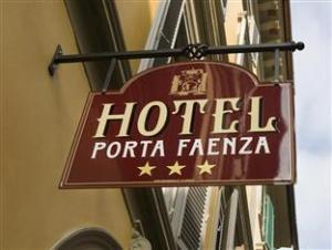關於法恩扎門飯店 (Hotel Porta Faenza)