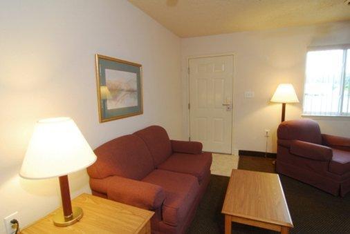 Affordable Suites Salisbury