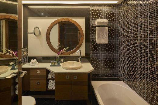 Safir Fintas Kuwait Hotel