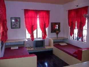 picture 4 of Felina Guest House