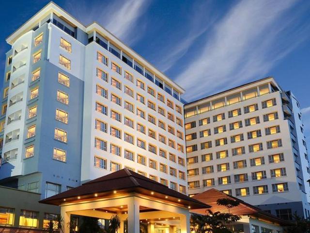 โรงแรมเค พาร์ค แกรนด์ – K Park Grand Hotel