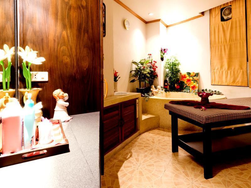 Hermitage Hotel & Resort เฮอร์มิเทจ โฮเต็ล แอนด์ รีสอร์ท